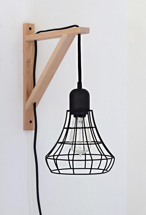 eine IKEA Valter-Halterung mit einer eleganten Käfiglampe