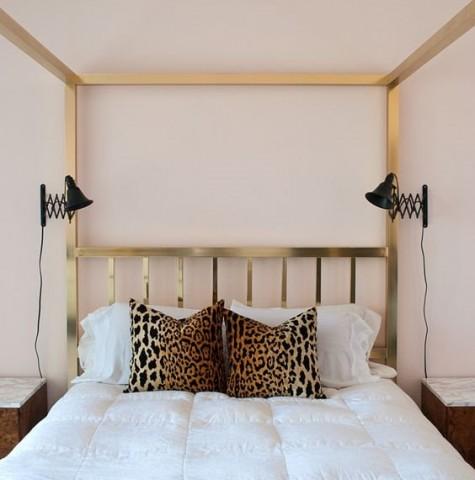 Ikea Frack Spiegel und Lampen Ihrer Wahl lassen sich in komfortable Akkordeonleuchten verwandeln