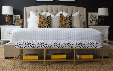 eine stilvolle glamouröse Bank für Ihr Schlafzimmer aus einem IKEA Vittsjo TV-Gerät