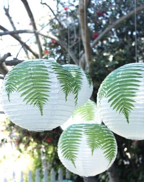 Passen Sie Ihren Raum an, indem Sie Regolit-Lampenschirme mit echten Farnblättern verzieren