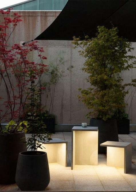 LED-Stehleuchten aus Zement, die als Sitzmöbel und Kaffeetisch verwendet werden können
